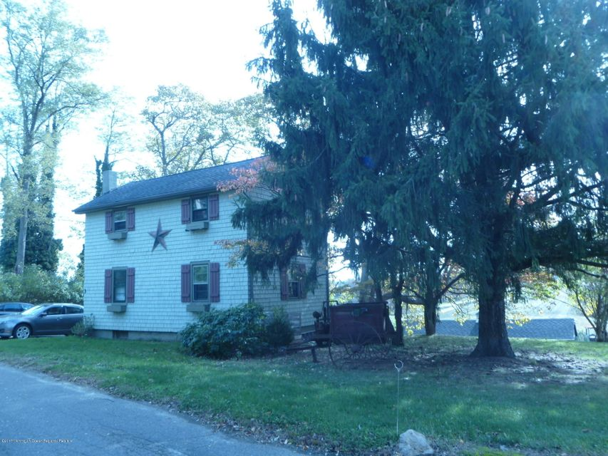 Single Family Home for Rent at 3 Bray Street 3 Bray Street Colts Neck, New Jersey 07722 United States