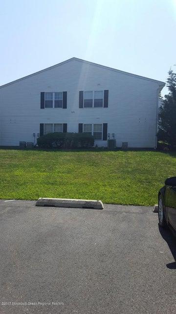 共管式独立产权公寓 为 出租 在 116 Mill Lane 116 Mill Lane 廷顿瀑布市, 新泽西州 07724 美国