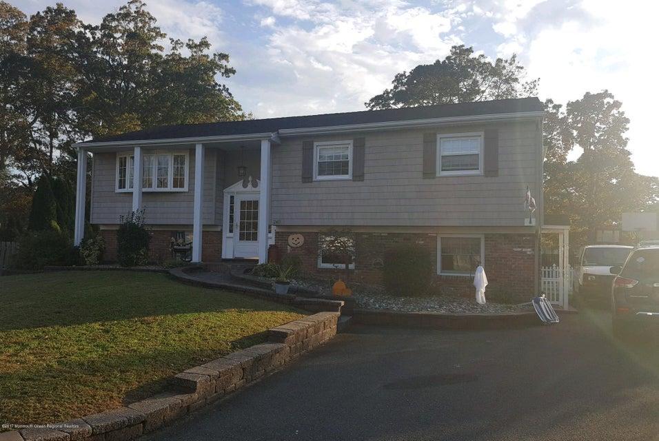 独户住宅 为 销售 在 240 Eastham Road 240 Eastham Road 特普莱森特, 新泽西州 08742 美国
