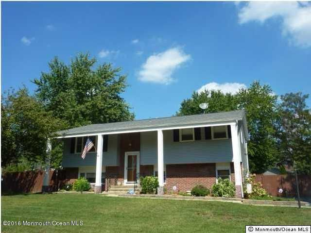 Single Family Home for Rent at 5 Dakota Avenue 5 Dakota Avenue Jackson, New Jersey 08527 United States