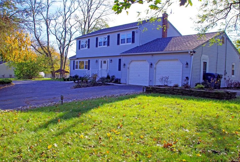 단독 가정 주택 용 매매 에 1 Christy Lane 1 Christy Lane Ocean Township, 뉴저지 07712 미국