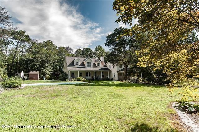 独户住宅 为 销售 在 21 Douglas Lane 21 Douglas Lane Waretown, 新泽西州 08758 美国