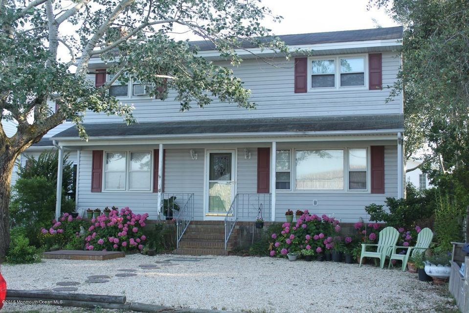 Single Family Home for Sale at 232 4th Street 232 4th Street Ship Bottom, New Jersey 08008 United States