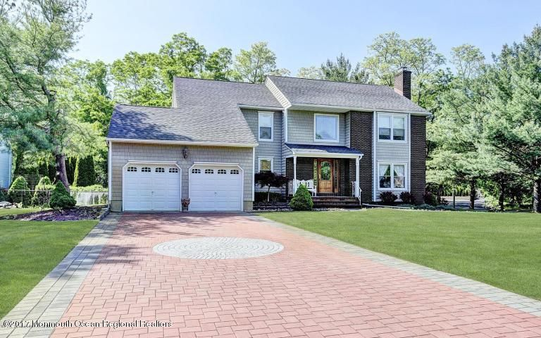 Single Family Home for Rent at 6 Jamestown Road 6 Jamestown Road Eatontown, New Jersey 07724 United States