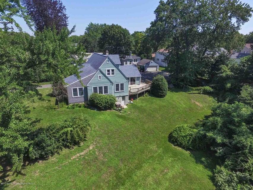 獨棟家庭住宅 為 出售 在 2 Wickapecko Drive 2 Wickapecko Drive Interlaken, 新澤西州 07712 美國
