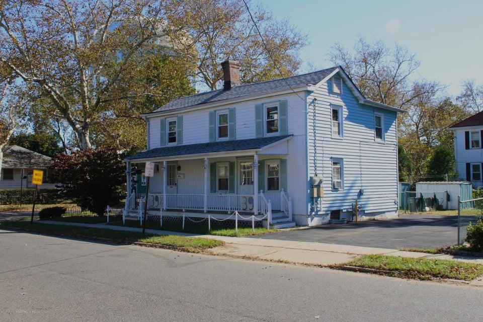 Casa Multifamiliar por un Venta en 39 Institute Street 39 Institute Street Freehold, Nueva Jersey 07728 Estados Unidos