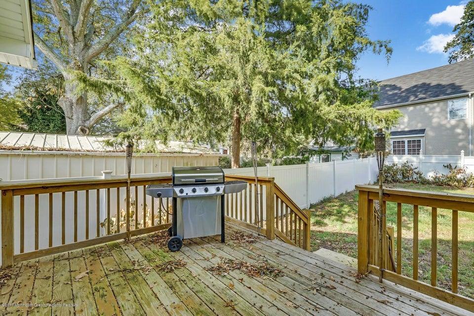 403 Elizabeth Ave Toms River-large-025-1