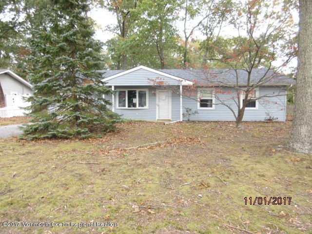 Single Family Home for Sale at 106 Point Court 106 Point Court Lacey, New Jersey 08734 United States