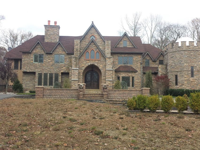 House for Sale at 28 Spring Road 28 Spring Road Millstone, New Jersey 08510 United States