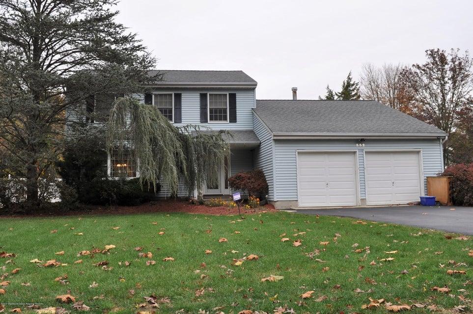 独户住宅 为 销售 在 552 Marlboro Road 552 Marlboro Road Old Bridge, 新泽西州 08857 美国