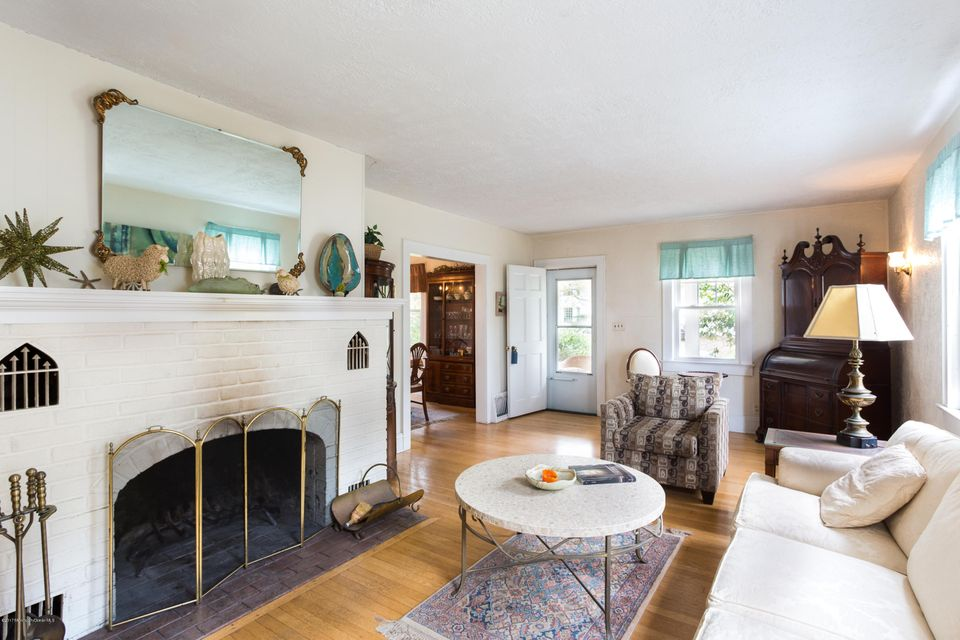 独户住宅 为 出租 在 204 Monroe Avenue 204 Monroe Avenue 斯普林莱克, 新泽西州 07762 美国