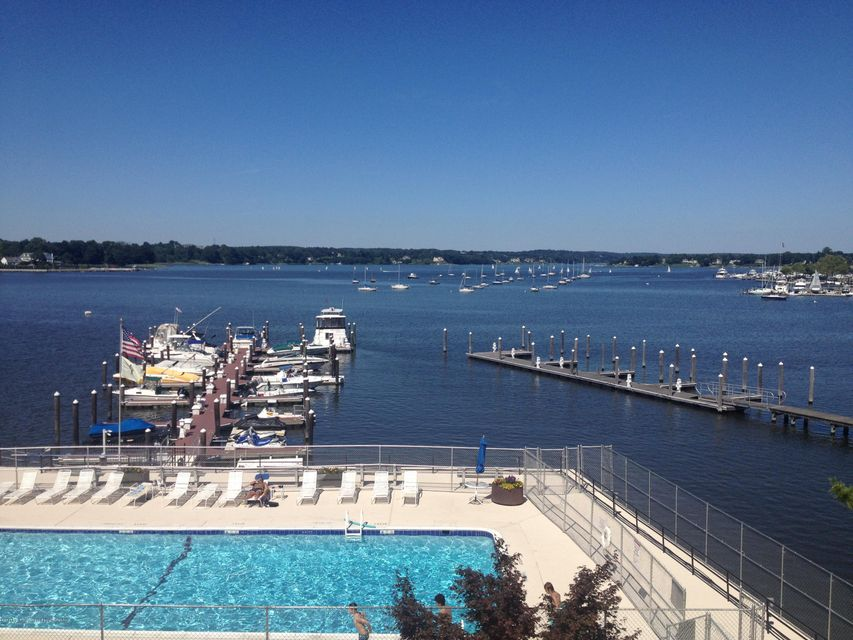 Condominium for Rent at 28 Riverside Avenue 28 Riverside Avenue Red Bank, New Jersey 07701 United States