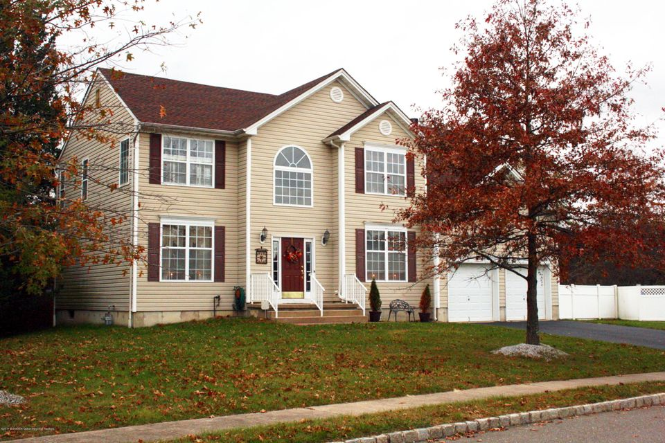 Single Family Home for Sale at 3 Cabin Brook Crescent 3 Cabin Brook Crescent Manchester, New Jersey 08759 United States