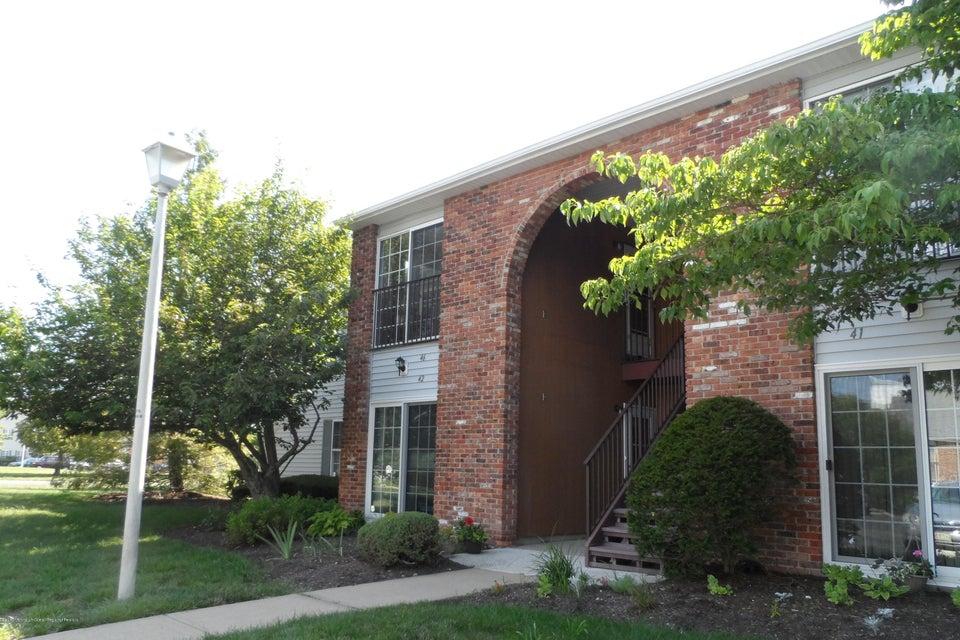 共管式独立产权公寓 为 出租 在 46 Frontier Way 46 Frontier Way 廷顿瀑布市, 新泽西州 07753 美国