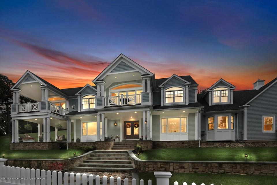 獨棟家庭住宅 為 出售 在 4 Deep Hollow Drive 4 Deep Hollow Drive Middletown, 新澤西州 07748 美國