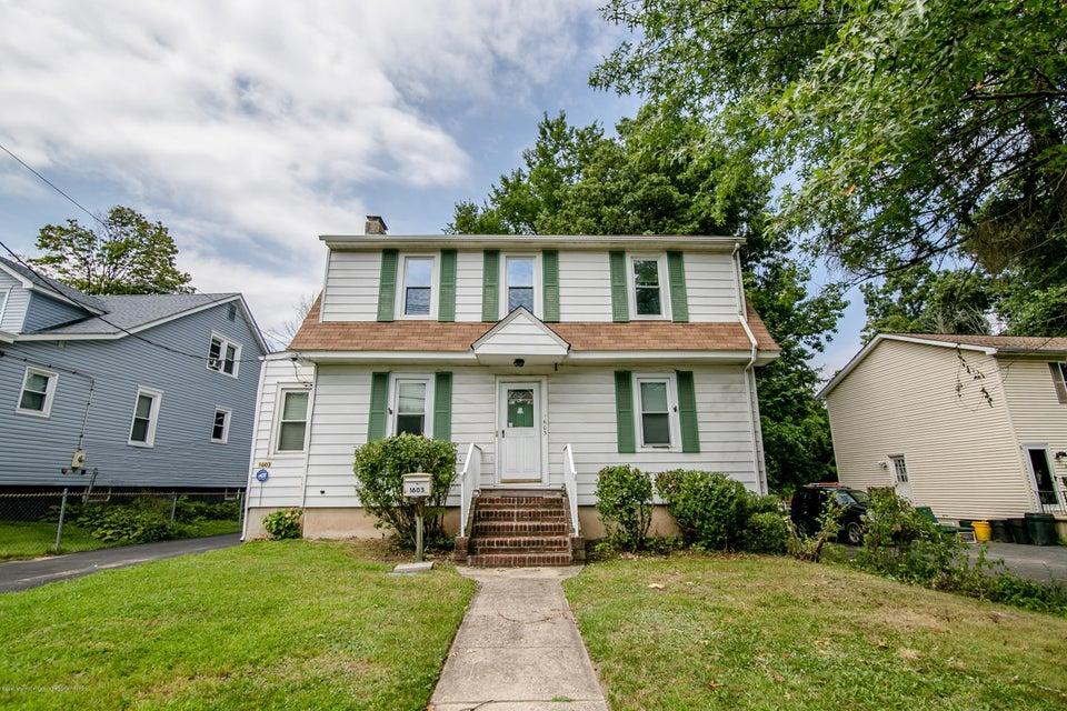 Maison unifamiliale pour l Vente à 1603 Pennington Road 1603 Pennington Road Ewing, New Jersey 08618 États-Unis