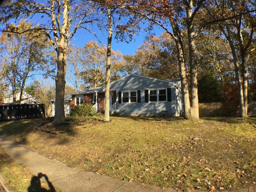 Vivienda unifamiliar por un Venta en 504 Oak Hill Court 504 Oak Hill Court Lanoka Harbor, Nueva Jersey 08734 Estados Unidos