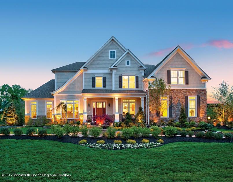 独户住宅 为 销售 在 7 Castleford Way 7 Castleford Way 林克罗夫特, 新泽西州 07738 美国