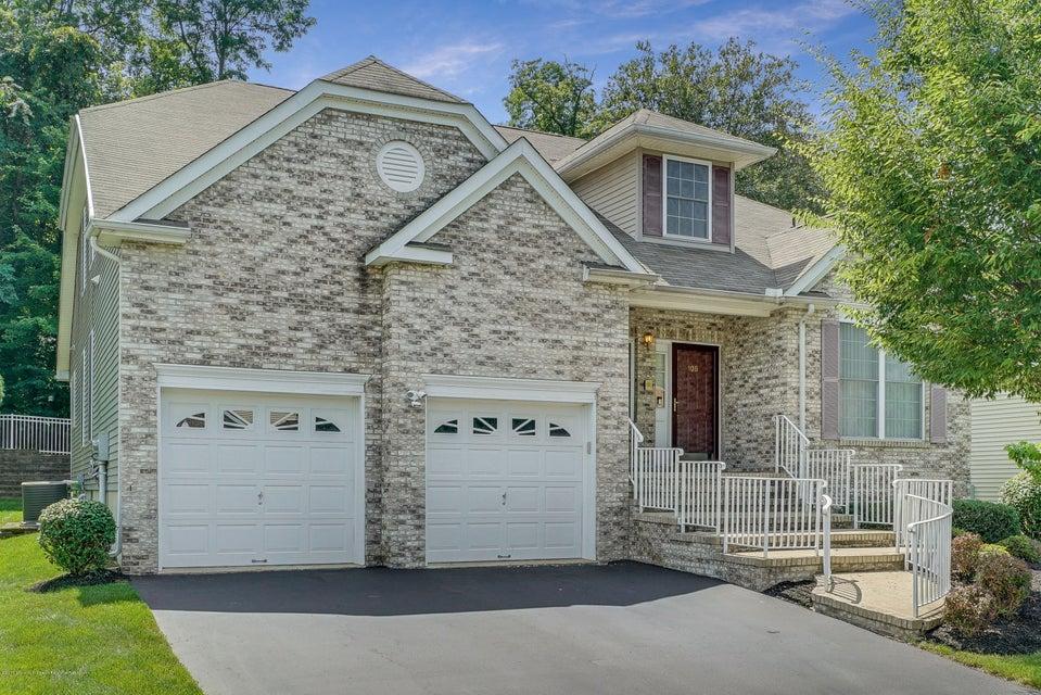 Villa per Vendita alle ore 108 Scarborough Way 108 Scarborough Way Marlboro, New Jersey 07746 Stati Uniti