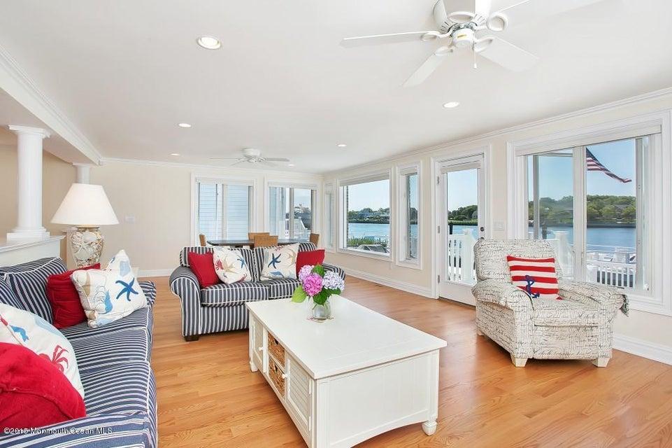 独户住宅 为 出租 在 34 Poole Avenue 34 Poole Avenue Avon, 新泽西州 07717 美国