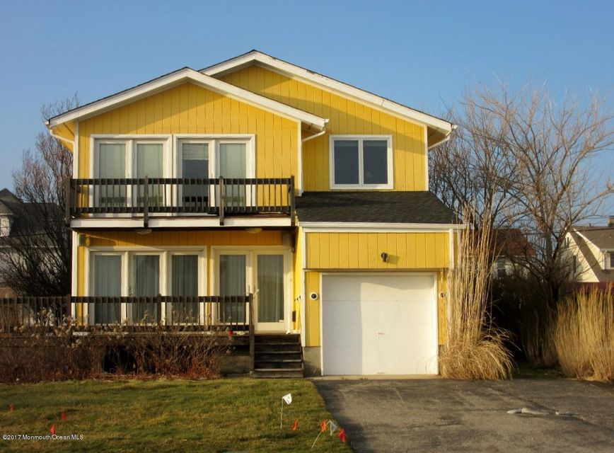 Vivienda unifamiliar por un Venta en 105 Edgemont Drive 105 Edgemont Drive Allenhurst, Nueva Jersey 07711 Estados Unidos