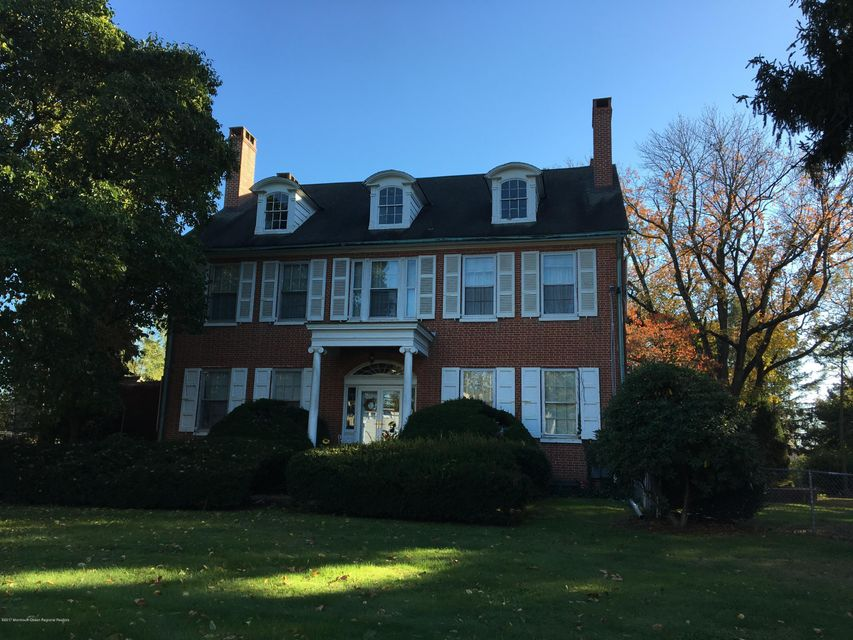 Single Family Home for Sale at 24364 Main Street 24364 Main Street Mansfield, New Jersey 08022 United States