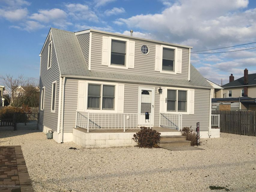 Multi-Family Home for Sale at 101 New Jersey Avenue 101 New Jersey Avenue Lavallette, New Jersey 08735 United States