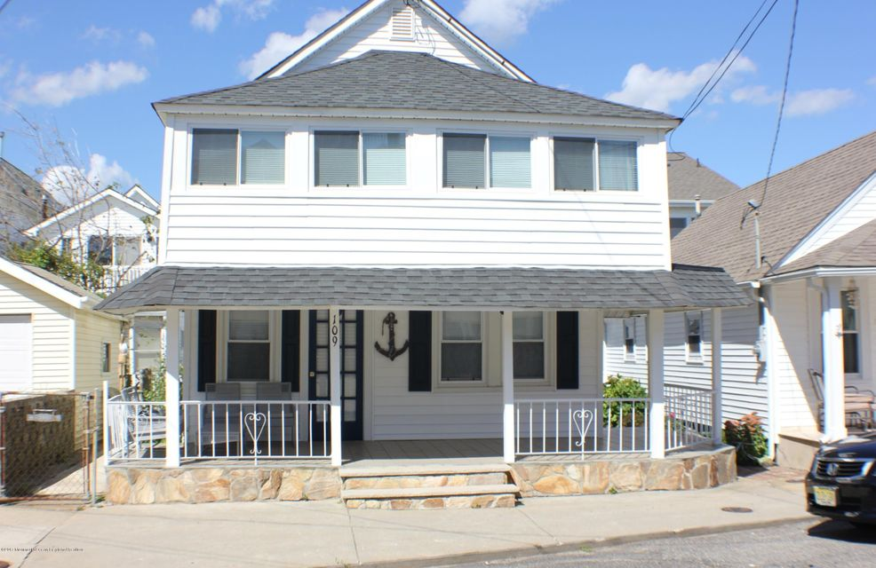 Single Family Home for Rent at 109 Kent Avenue 109 Kent Avenue Bradley Beach, New Jersey 07720 United States