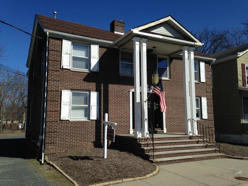 Apartamento por un Alquiler en 15 White Street 15 White Street Eatontown, Nueva Jersey 07724 Estados Unidos