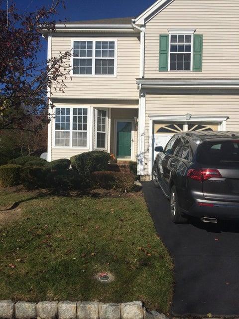 Appartement en copropriété pour l à louer à 28 Straton Court 28 Straton Court Parlin, New Jersey 08859 États-Unis