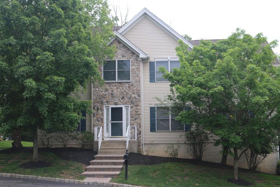 独户住宅 为 销售 在 58 Crystal Avenue 58 Crystal Avenue 西奥兰治, 新泽西州 07052 美国