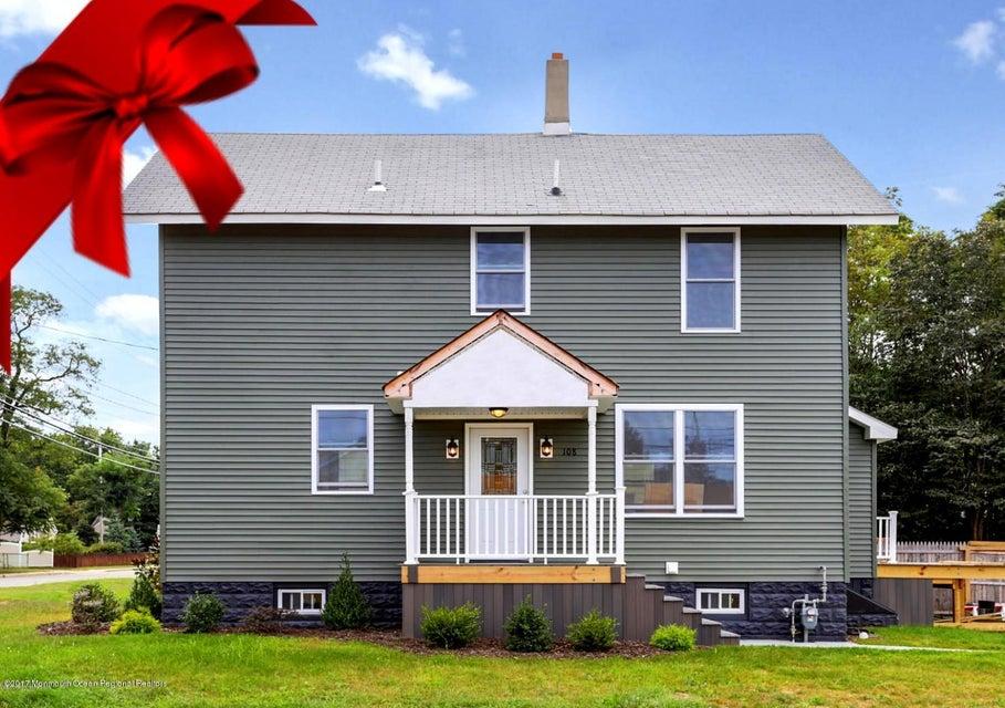 一戸建て のために 売買 アット 108 Morris Avenue 108 Morris Avenue Belford, ニュージャージー 07718 アメリカ合衆国