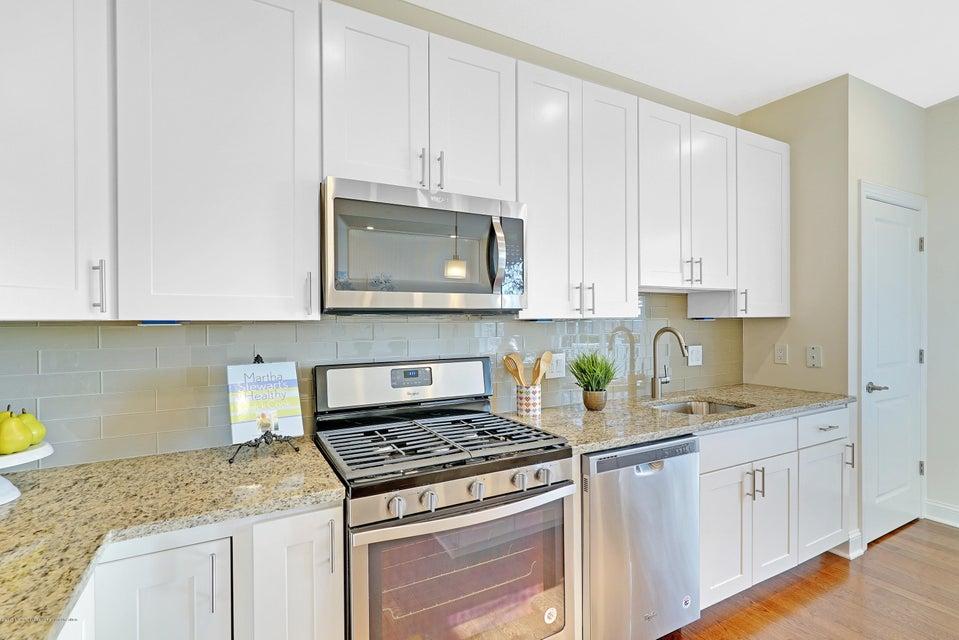 Additional photo for property listing at 2401 Greentree Drive 2401 Greentree Drive Manasquan, New Jersey 08736 Stati Uniti