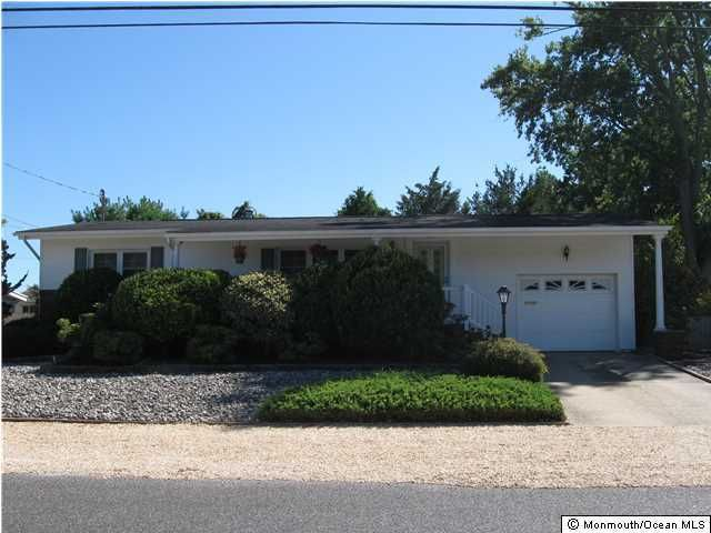 Single Family Home for Rent at 2320 Harbor Drive 2320 Harbor Drive Point Pleasant, New Jersey 08742 United States