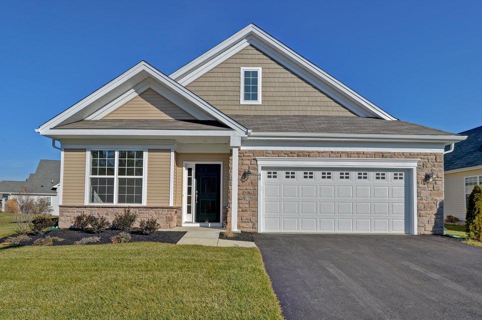 Casa Unifamiliar por un Venta en 62 Woodview Drive 62 Woodview Drive Whiting, Nueva Jersey 08759 Estados Unidos