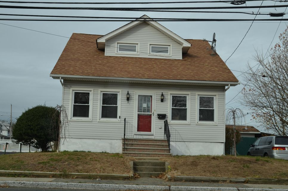 Single Family Home for Rent at 800 Main Street 800 Main Street Belford, New Jersey 07718 United States