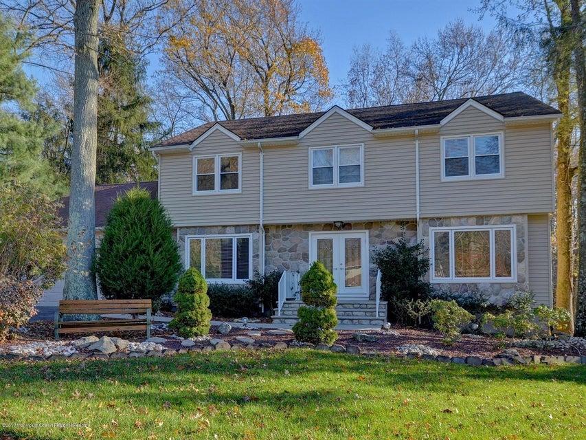 Villa per Vendita alle ore 29 Truman Drive 29 Truman Drive Marlboro, New Jersey 07746 Stati Uniti