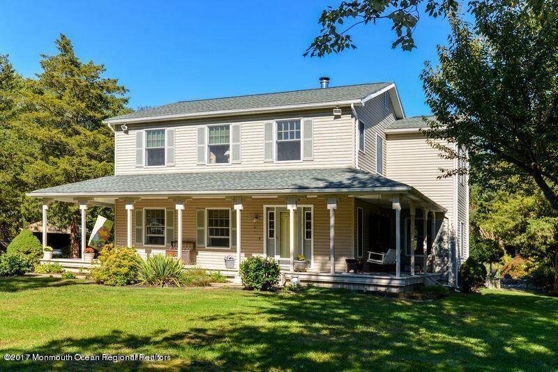 Maison unifamiliale pour l Vente à 48 Larrabee Boulevard 48 Larrabee Boulevard Howell, New Jersey 07731 États-Unis