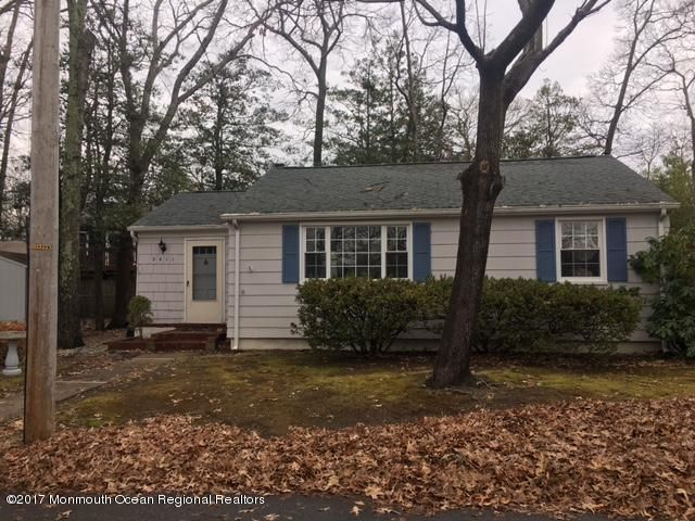 Single Family Home for Rent at 2411 Dunkle Road 2411 Dunkle Road Point Pleasant, New Jersey 08742 United States