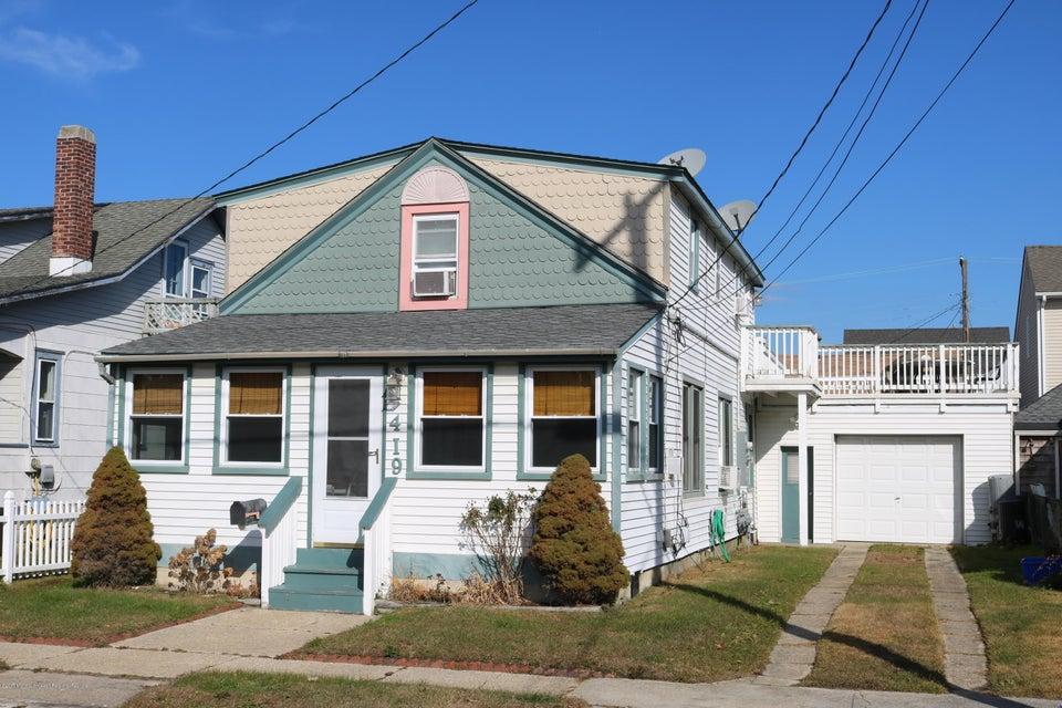 多户住宅 为 销售 在 419 Centre Street 419 Centre Street Beach Haven, 新泽西州 08008 美国