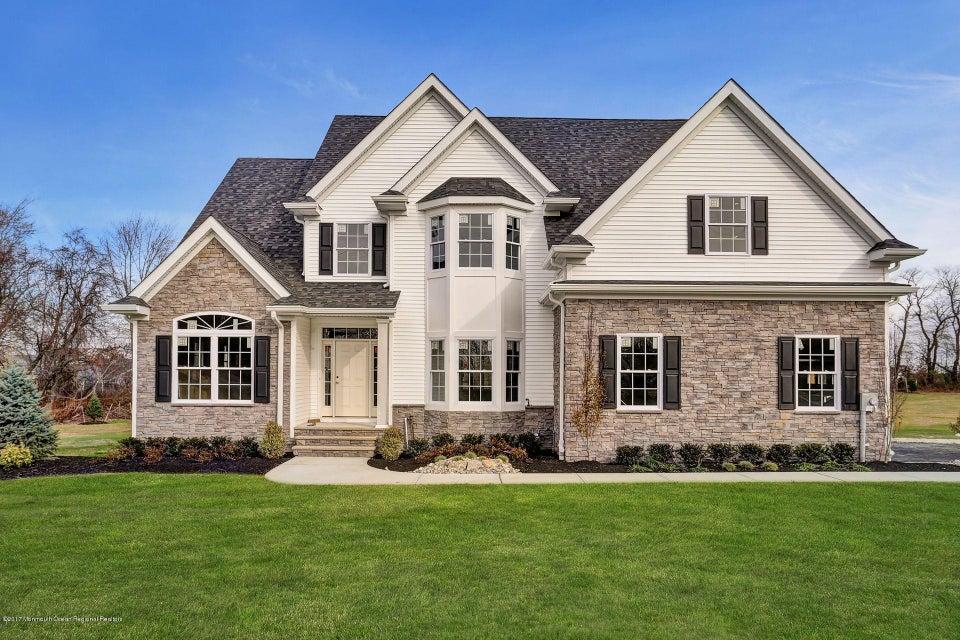 Casa para uma família para Venda às 498 Buckelew Avenue 498 Buckelew Avenue Monroe, Nova Jersey 08831 Estados Unidos
