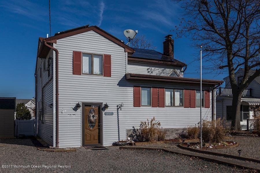 獨棟家庭住宅 為 出售 在 1717 Riviera Court 1717 Riviera Court Point Pleasant, 新澤西州 08742 美國