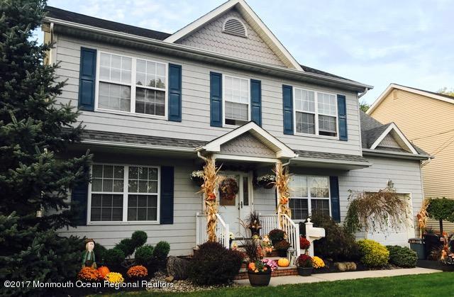 단독 가정 주택 용 매매 에 102 New Street 102 New Street Middlesex, 뉴저지 08846 미국