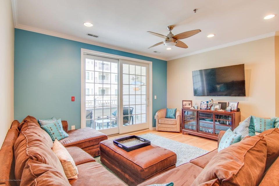 Appartement en copropriété pour l à louer à 33 Cooper Avenue 33 Cooper Avenue Long Branch, New Jersey 07740 États-Unis
