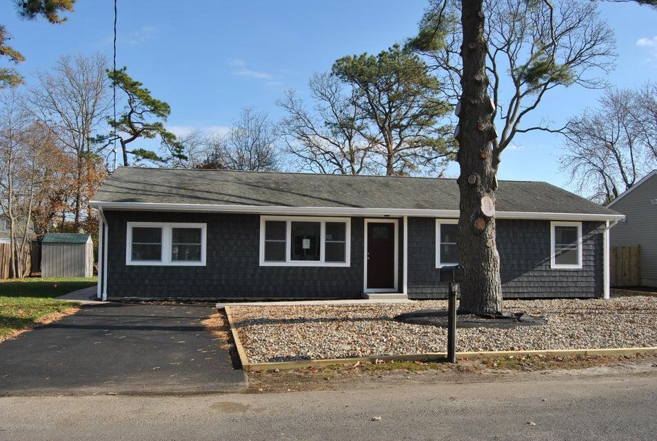 Maison unifamiliale pour l à louer à 335 Hudson Drive 335 Hudson Drive Brick, New Jersey 08723 États-Unis