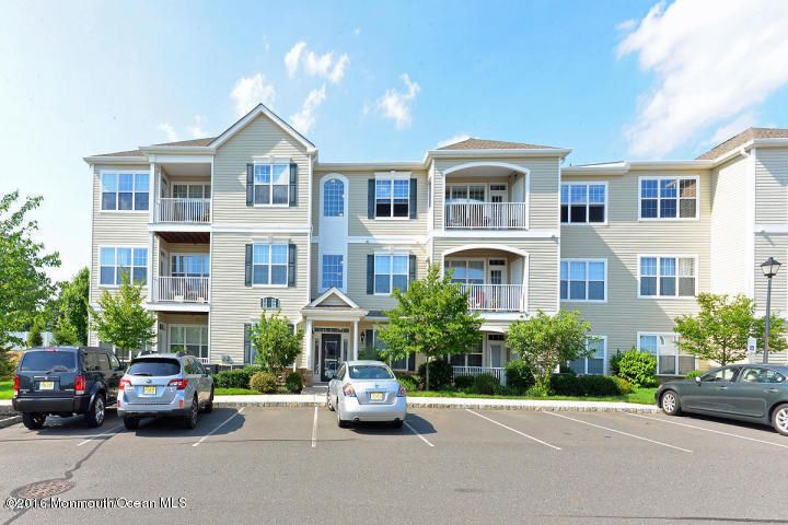 Condominium for Rent at 231 Mill Pond Way 231 Mill Pond Way Eatontown, New Jersey 07724 United States