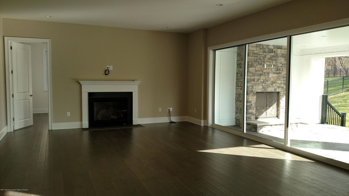 Windermere family room and luxury outdoo