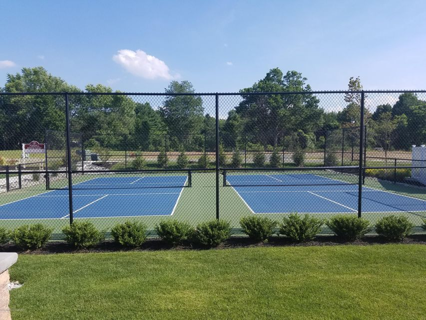 Clubhouse Pickle Ball Courts