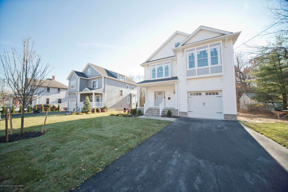 Single Family Home for Sale at 176 Broad Street 176 Broad Street Eatontown, New Jersey 07724 United States