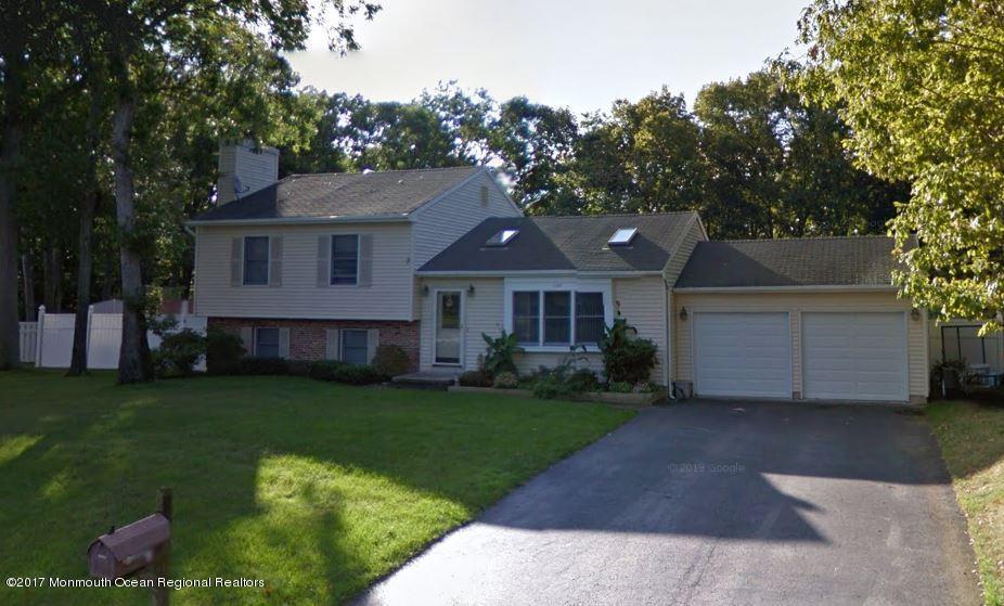 Vivienda unifamiliar por un Venta en 105 Foxhollow Drive 105 Foxhollow Drive Lanoka Harbor, Nueva Jersey 08734 Estados Unidos